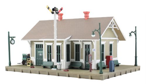 Woodland Scenics BR4928 Dansbury Depot- N Scale (1)